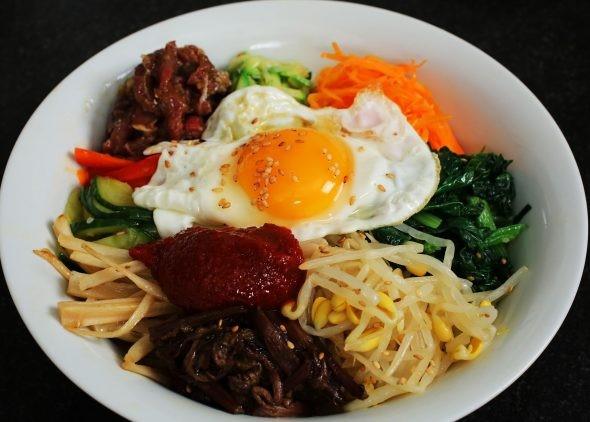 بیبیمباپ غذای کره ای