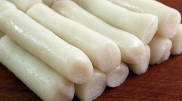 دوکبوکی ( کیک برنجی تند کره ای)